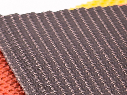 Вощина черная Размер: 270х410 мм